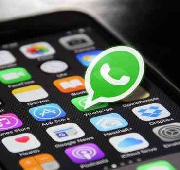 Jio Phone में WhatsApp Install कैसे करें